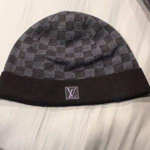 d3032e43ef5 Louis Vuitton Accessories - Petit Damier Louis Vuitton Dark Blue Checkered  Hat